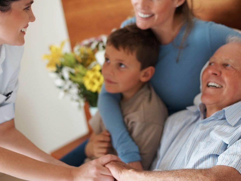 A comunicação com o paciente com câncer e seus familiares